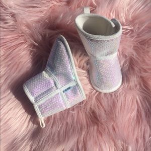 Other - Baby girl sequin booties